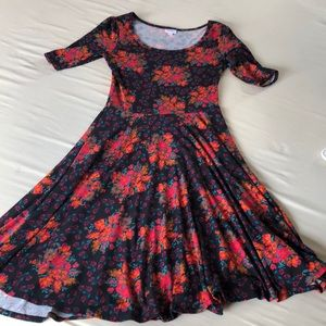 Floral Nicole size M like new